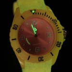 glow_in_the_dark_uhr