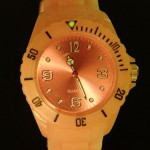 glow_in_the_dark_uhr_2